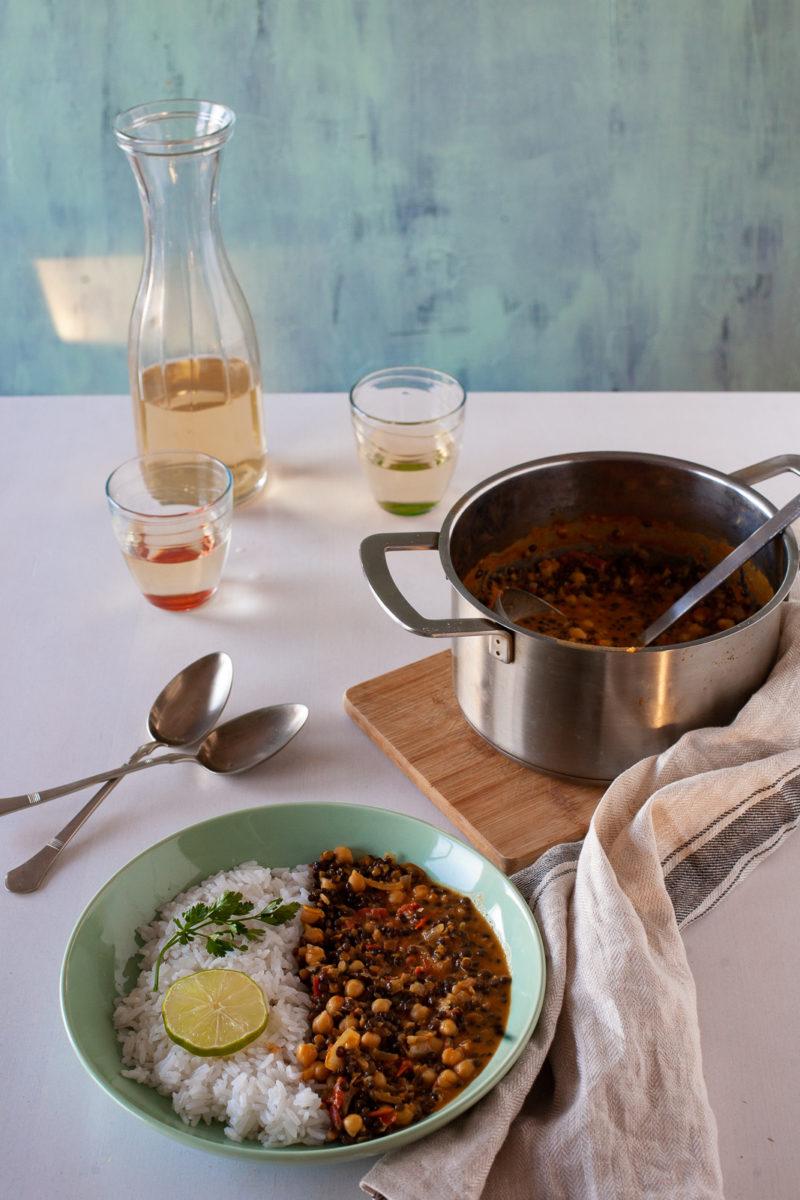 Curry od crne leće i slanutka
