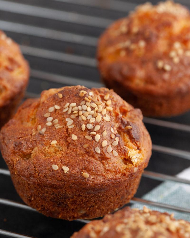 Slani muffini s tunom i mozzarellom