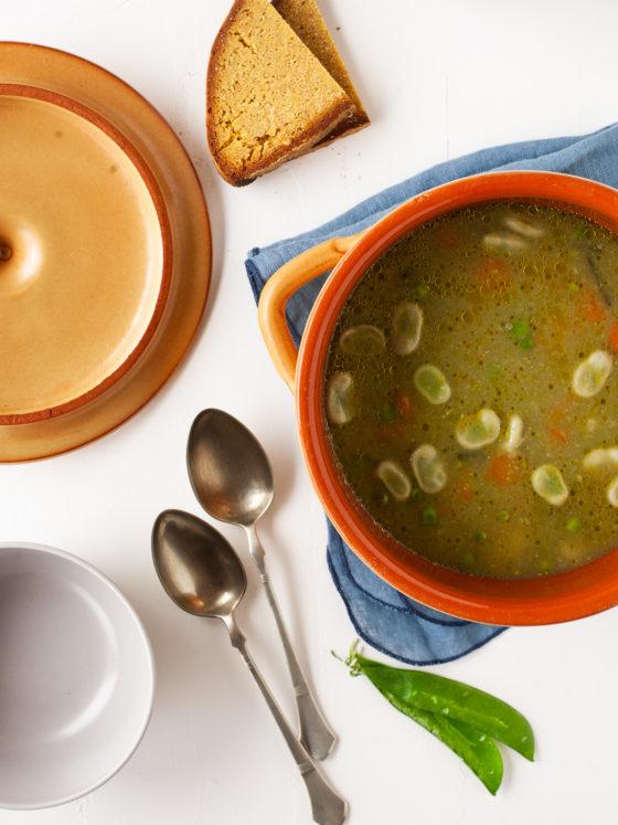 Povrtna juha od boba i graška