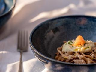 Domaća tjestenina od pira s lososom i vlascem (zamjena za vrhnje)