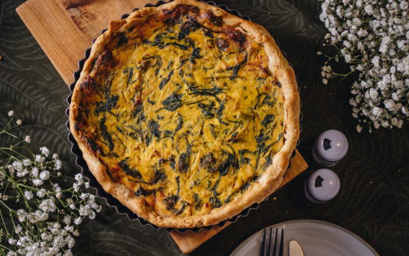Quiche (slana pita) od kelja, poriluka i tofua - Gladusa.com